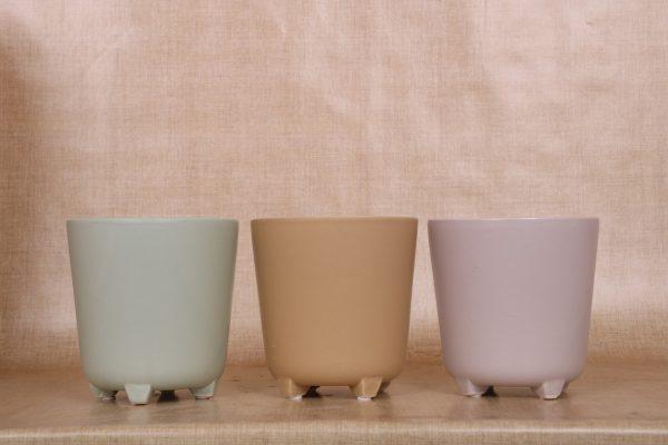 K.12cm(x06)061987 pot on feet